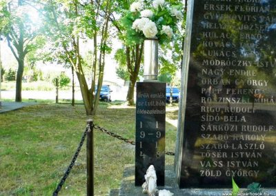 Dunaszerdahely-Sikabony világháborús emlékmű 2014.06.20. küldő-Méri (1)