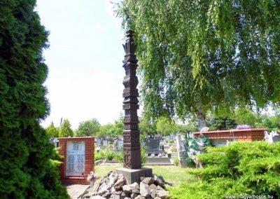 Dusnok világháborús emlékmű 2014.07.12. küldő-Méri