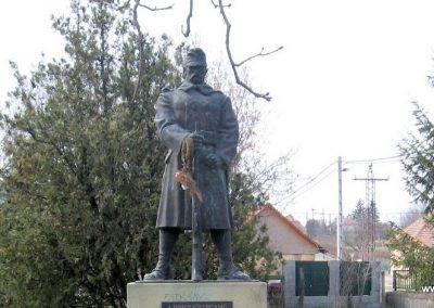 Ecséd világháborús emlékmű 2009.03.27. küldő-kalyhas (1)