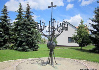 Ecsegfalva világháborús emlékmű 2013.05.25. küldő-kalyhas (2)