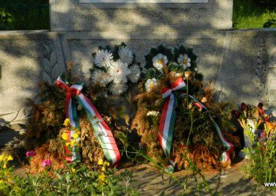Edde világháborús emlékmű 2014.06.13. küldő-Huber Csabáné (2)