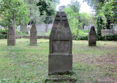 Eger Hősök temetője 2017.05.22. küldő-kalyhas (10)
