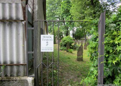 Eger Hősök temetője 2017.05.22. küldő-kalyhas
