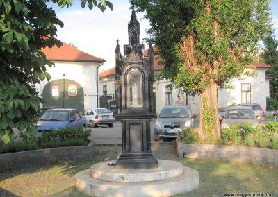 Eger II.vh emlékmű 2007.05.31. küldő-kalyhas (4)