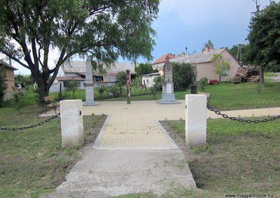 Egerszólát hősi emlékmű felújítás után 2014.07.14. küldő-kalyhas (1)