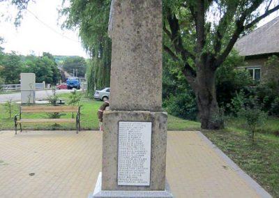 Egerszólát hősi emlékmű felújítás után 2014.07.14. küldő-kalyhas (11)