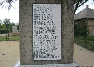Egerszólát hősi emlékmű felújítás után 2014.07.14. küldő-kalyhas (12)