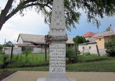 Egerszólát hősi emlékmű felújítás után 2014.07.14. küldő-kalyhas (3)