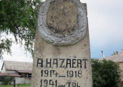 Egerszólát hősi emlékmű felújítás után 2014.07.14. küldő-kalyhas (7)