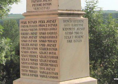 Egerszalók világháborús emlékmű 2007.06.12.küldő-kalyhas (5)