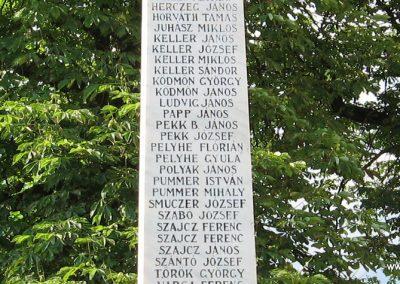 Egerszalók világháborús emlékmű 2007.06.12.küldő-kalyhas (9)