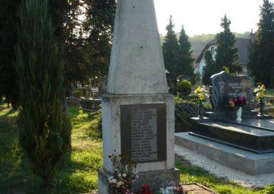 Egervár II.vh emlékmű 2009.09.25. küldő-Sümec