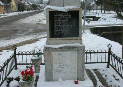 Egervölgy vh emlékmű 2007.12.31.küldő-Tamás2 (2)