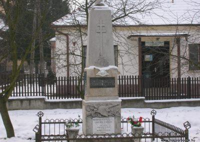 Egervölgy vh emlékmű 2007.12.31.küldő-Tamás2