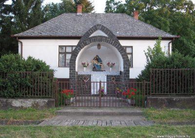 Egyházasgerge világháborús emlékmű 2009.07.20. küldő-kalyhas