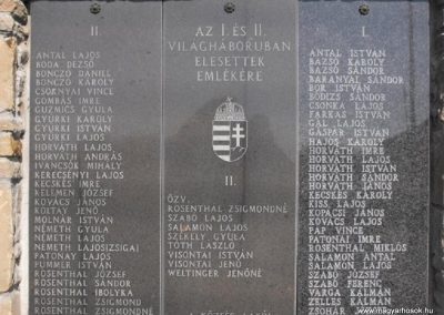Egyházasrádóc világháborús emlékmű 2009.09.02.küldő-Gyurkusz (1)