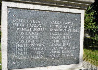 Ekecs világháborús emlékmű 2014.06.18. küldő-Méri (2)