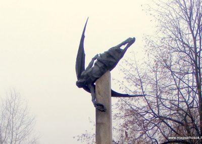 Ekel világháborús emlékmű 2012.12.16. küldő-Méri (1)