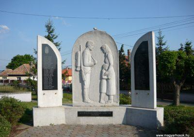 Encs világháborús emlékmű 2009.05.09.küldő-Ágca (1)