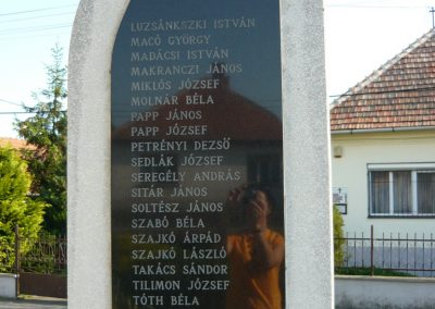 Encs világháborús emlékmű 2009.05.09.küldő-Ágca (5)