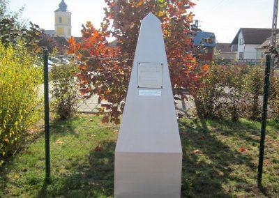 Encsencs világháborús emlékmű 2013.10.11. küldő-kalyhas (13)