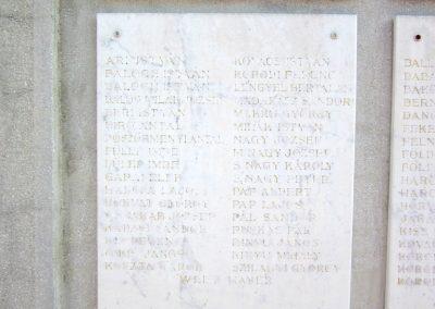 Encsencs világháborús emlékmű 2013.10.11. küldő-kalyhas (3)