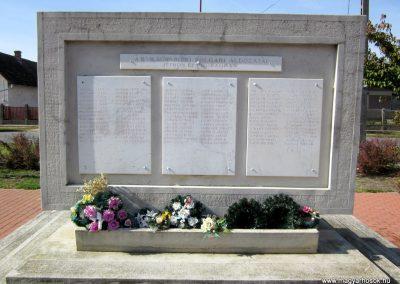Encsencs világháborús emlékmű 2013.10.11. küldő-kalyhas (7)