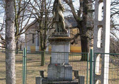 Endrefalva világháborús emlékmű 2011.03.12. küldő-kalyhas (1)