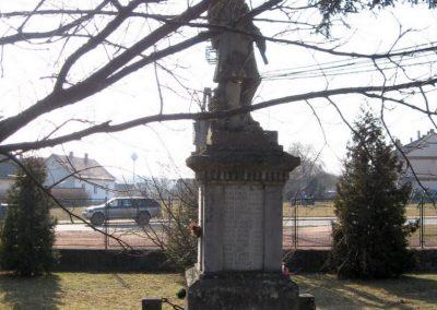 Endrefalva világháborús emlékmű 2011.03.12. küldő-kalyhas (2)
