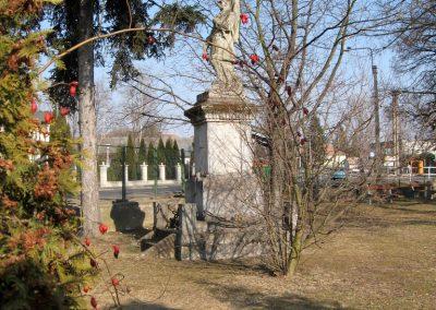 Endrefalva világháborús emlékmű 2011.03.12. küldő-kalyhas (4)