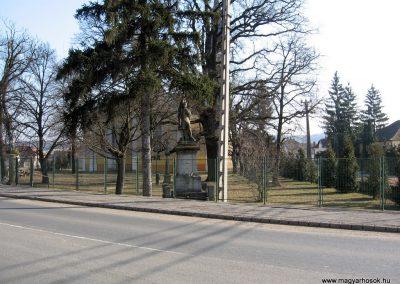 Endrefalva világháborús emlékmű 2011.03.12. küldő-kalyhas