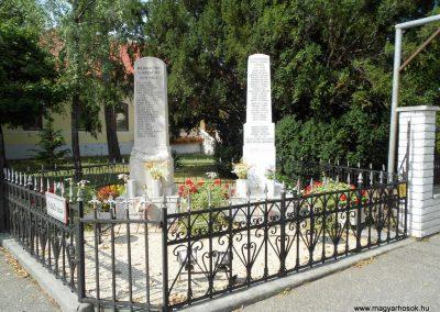 Enese világháborús emlékmű 2012.08.26. küldő-Baloghzoli