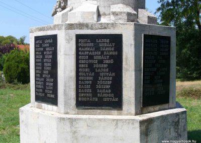 Enying világháborús emlékmű 2007.08.21. küldő-Hunmi (2)