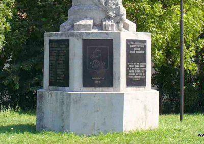 Enying világháborús emlékmű 2007.08.21. küldő-Hunmi (6)