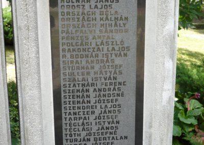 Erdőbénye világháborús emlékmű 2010.08.21. küldő-Sümec (10)