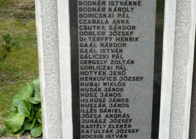 Erdőbénye világháborús emlékmű 2010.08.21. küldő-Sümec (3)