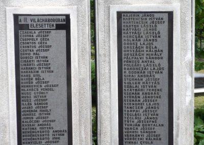 Erdőbénye világháborús emlékmű 2010.08.21. küldő-Sümec (8)