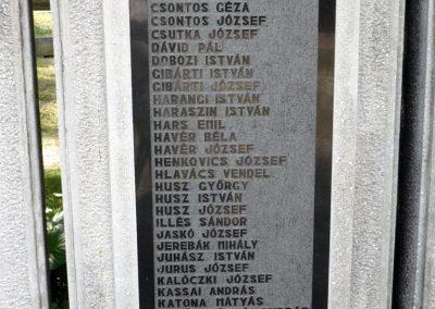 Erdőbénye világháborús emlékmű 2010.08.21. küldő-Sümec (9)