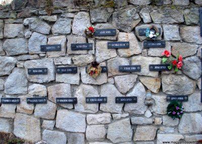 Erdőhorváti világháborús emlékmű 2011.12.14. küldő-megtorló (3)