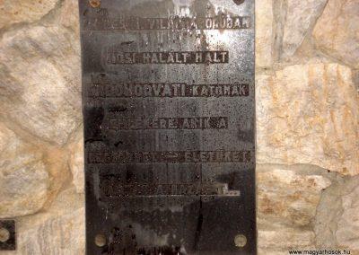 Erdőhorváti világháborús emlékmű 2011.12.14. küldő-megtorló (5)