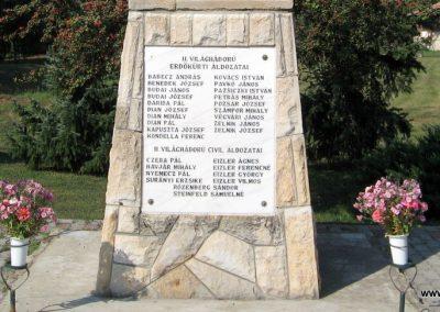 Erdőkürt világháborús emlékmű 2009.09.28. küldő-kalyhas (10)