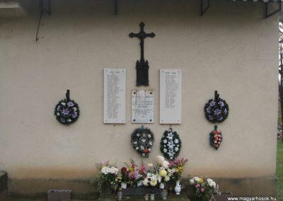Erdőtarcsa világháborús emlékhely 2009.11.09. küldő-kalyhas (1)