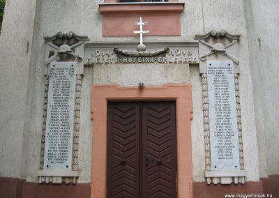 Erk I.vh emlékmű 2008.07.15. küldő-kalyhas (1)