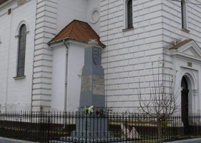 Esztár I.vh emlékmű 2010.11.28. küldő-Katona István