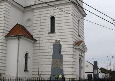 Esztár I.vh emlékmű 2010.11.28. küldő-Katona István (7)