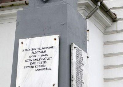 Esztár II.vh emlékmű 2010.11.28. küldő-Katona István (1)