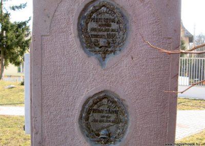 Etes I.vh emlékmű 2011.03.12. küldő-kalyhas (5)