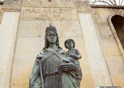 Etyek I. világháborús emlékmű 2015.04.06. küldő-Méri (4)