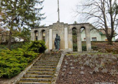 Etyek I. világháborús emlékmű 2015.04.06. küldő-Méri