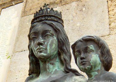 Etyek I. világháborús emlékmű 2015.04.06. küldő-Méri (7)